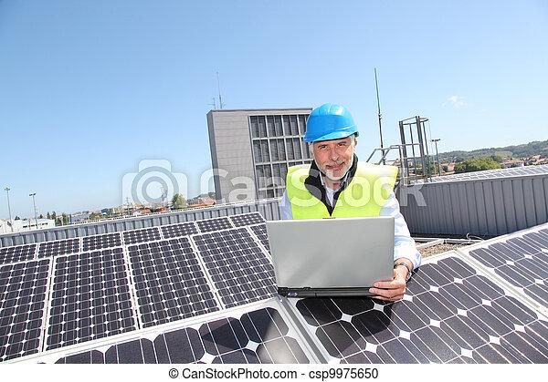 vérification, photovoltaïque, installation, ingénieur - csp9975650