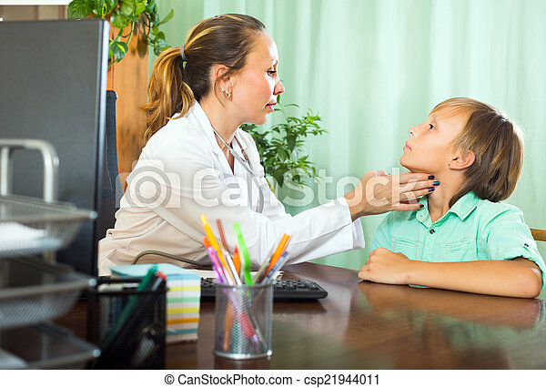 vérification, thyroïde, adolescent, docteur - csp21944011