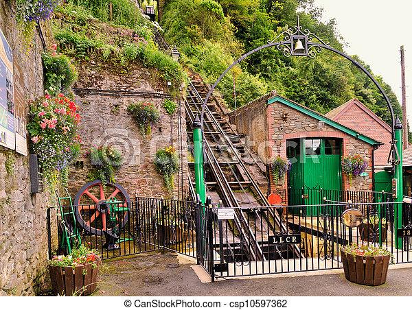 Ferrocarril funicular - csp10597362