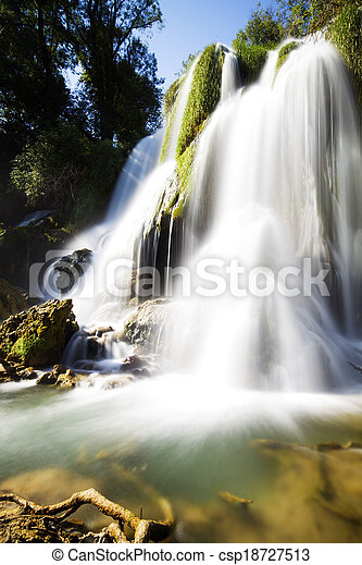 vízesés - csp18727513
