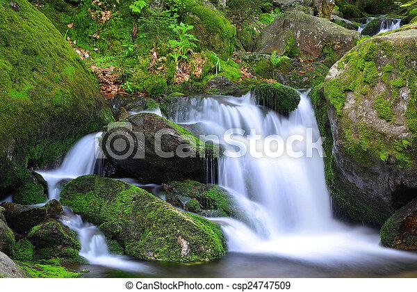 vízesés - csp24747509