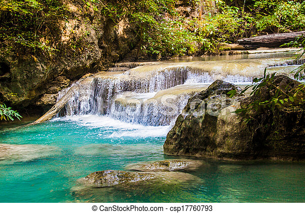 vízesés - csp17760793