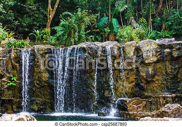 vízesés - csp25687893