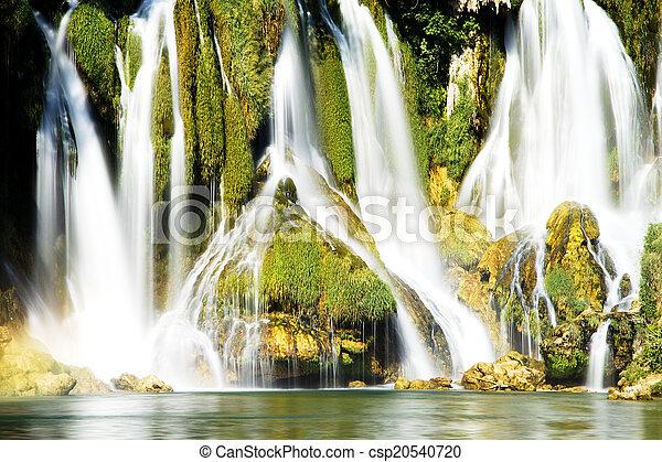 vízesés - csp20540720