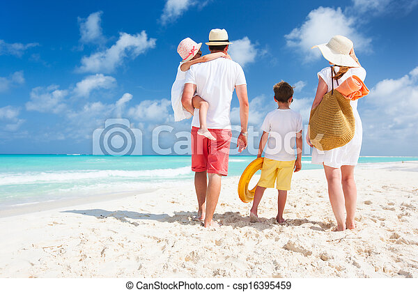 vacaciones de playa, familia  - csp16395459