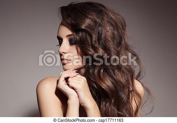 vacker, brunett, lockig, länge, hair., woman. - csp17711163