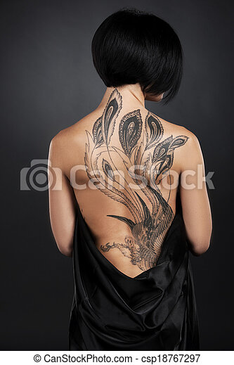 Nakna tatuering flickor congratulate