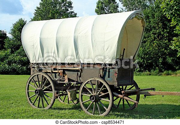 vagão coberto - csp8534471