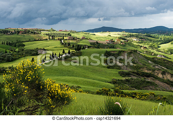 Val D'Orcia Tuscany - csp14321694