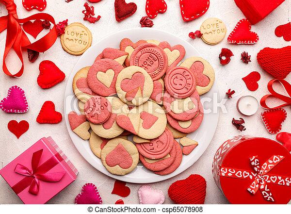 Valentine's day cookies - csp65078908