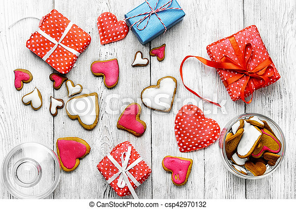 Valentine's day cookies - csp42970132