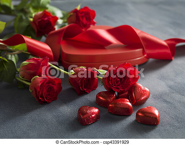 Valentines Day red rose and box with red hearts - csp43391929