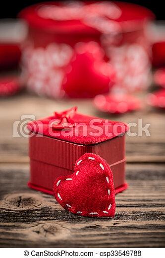 valentines nap, boldog - csp33549788