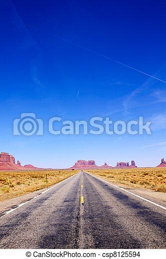 Camino a monumental valle - csp8125594