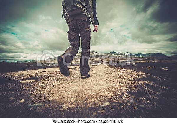 valle, escursionista, camminare - csp23418378