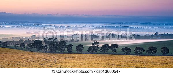 valle, foschia - csp13660547