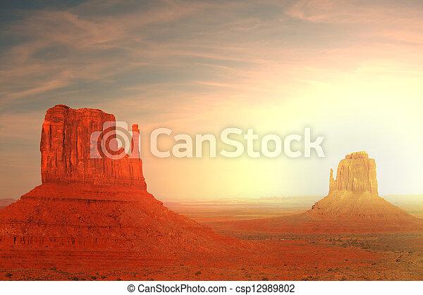 valle, monumento - csp12989802