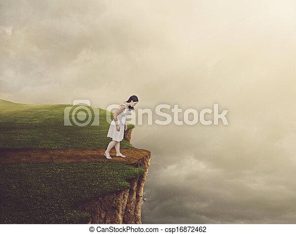 vandrande, kvinna, cliff. - csp16872462