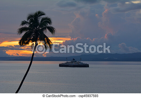vanua, isola, levu, traghetto, seppellire, figi - csp45937593