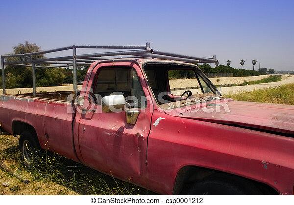 vecchio camion, rosso - csp0001212