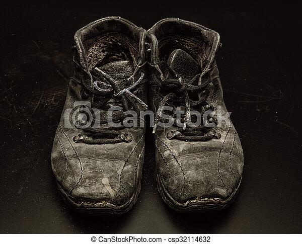 vecchio, scarpe, portato fuori - csp32114632