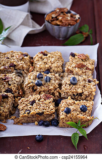 Vegan baked oatmeal with pecans - csp24155964