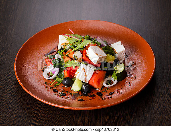Vegetable salad on plate - csp48703812