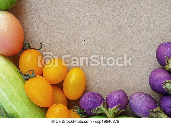 Un marco vegetal colorido - csp19648279