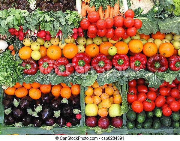 Verduras coloridas y frutas - csp0284391