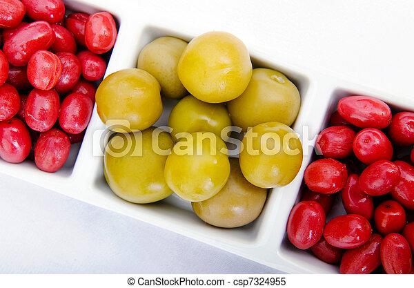 Selección de verduras en vinagre - csp7324955