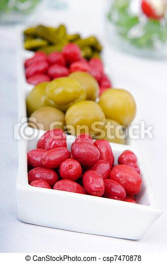 Selección de verduras en vinagre - csp7470878