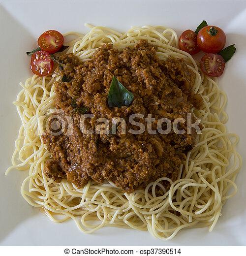 Vegetarian Spaghetti Bolognaise - csp37390514
