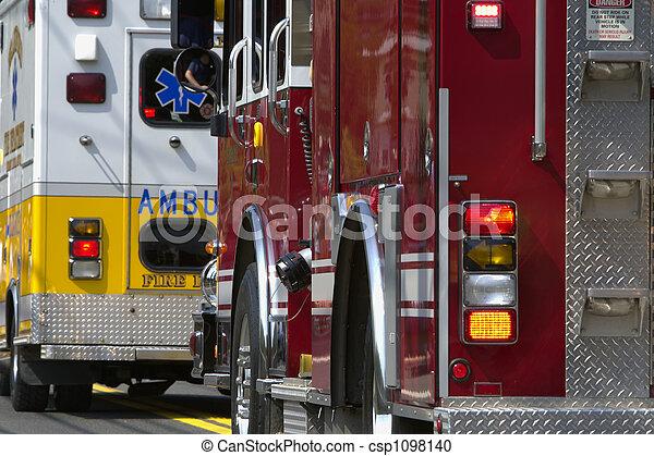 vehículos, emergencia - csp1098140