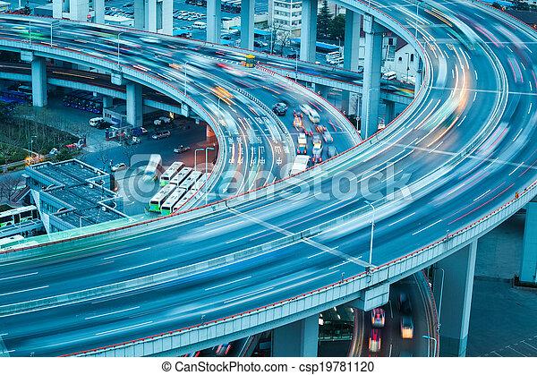 vehicle trajectory on the bridge approach - csp19781120