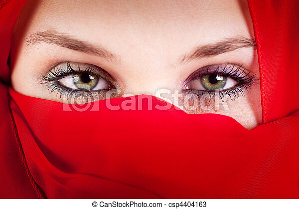 Veil woman with beautiful sexy eyes - csp4404163