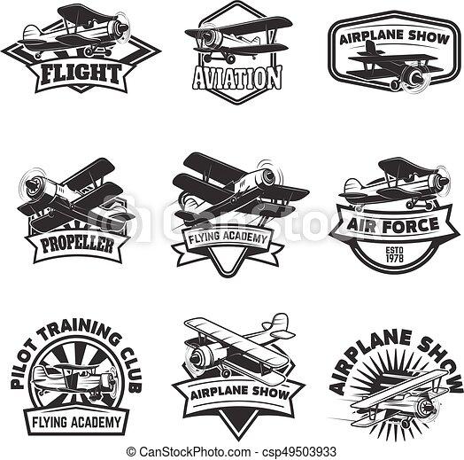 Ein Paar fliegende Akademie Embleme. Vintage-Flugzeuge. Designelemente für Logo, Label, Emblem, Zeichen. Vector Illustration. - csp49503933