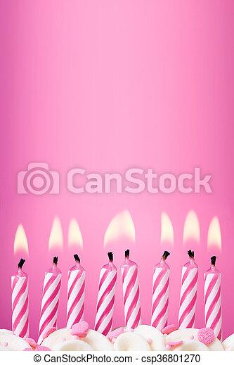 Trasfondo de velas de cumpleaños - csp36801270