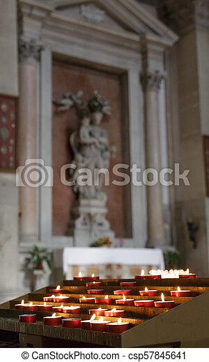 Velas vocales en la iglesia - csp57845641