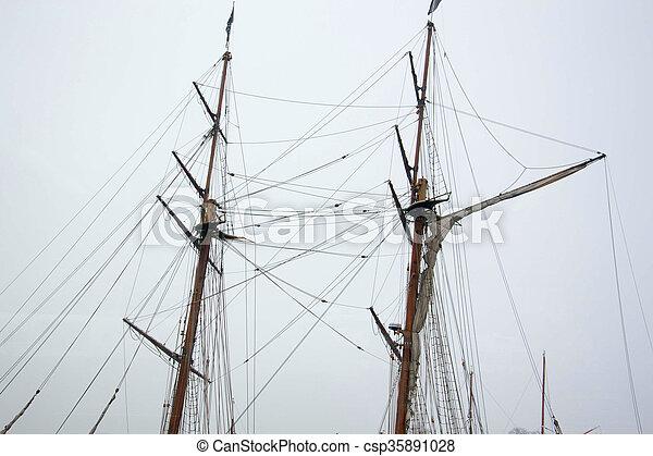 Barco de vela - csp35891028