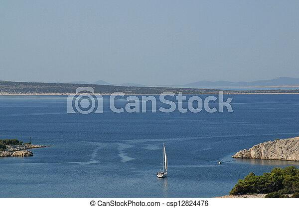 Barco de vela - csp12824476