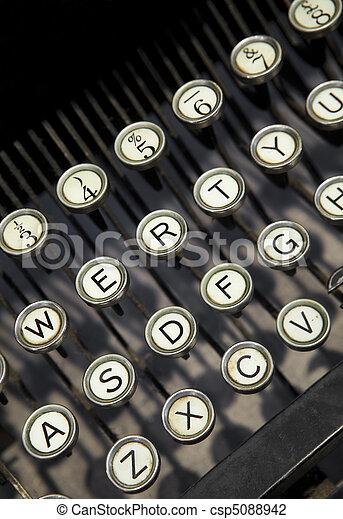 vendemmia, macchina scrivere - csp5088942