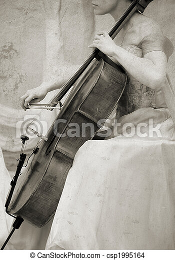 Un violonchelo antiguo - csp1995164