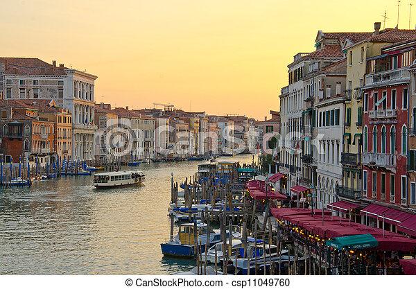 Gran canal, Venecia - csp11049760