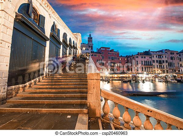 Puente Rialto, Venecia - csp20460963