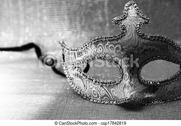 Máscara de carnaval veneciana - csp17842819