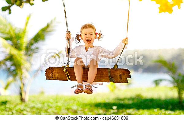 Resultado de imagem para criança no balanço