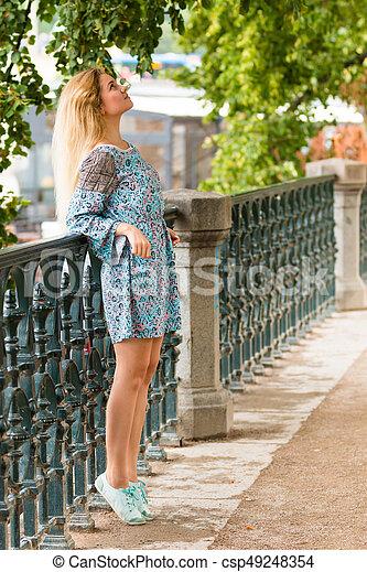 verão, dique, na moda, loura, retrato, menina, chapéu, dia - csp49248354