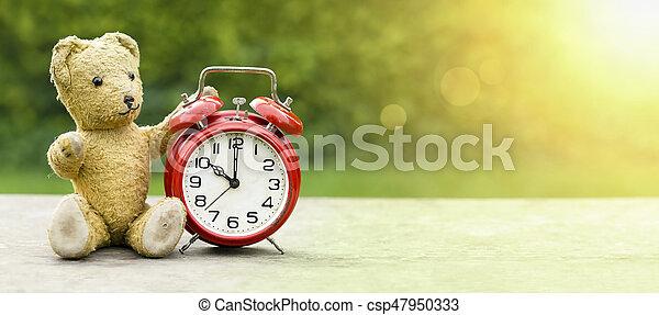 El concepto de verano escolar - csp47950333