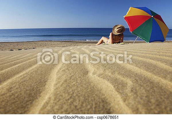 Playa de verano - csp0678651