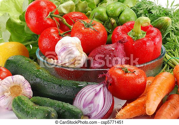 Vegetales crudos - csp5771451